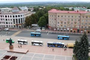 Для брянских маршрутчиков приготовили презентацию нового транспорта