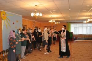 В брянском поселке Клетня освятили детский сад «Радуга»