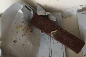 В Брянске 18-летняя сладкоежка украла из супермаркета шоколад