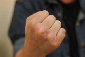 Пьяный брянец избил полицейского и получил 2 года колонии условно
