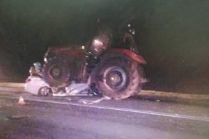 Брянцы скорбят о погибших в жутком ДТП с трактором молодых парнях