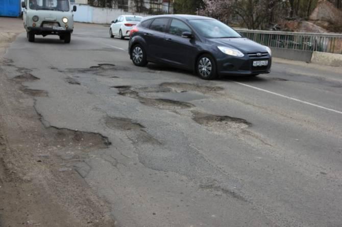 В Клинцах обнаружили улицу с левосторонним движением