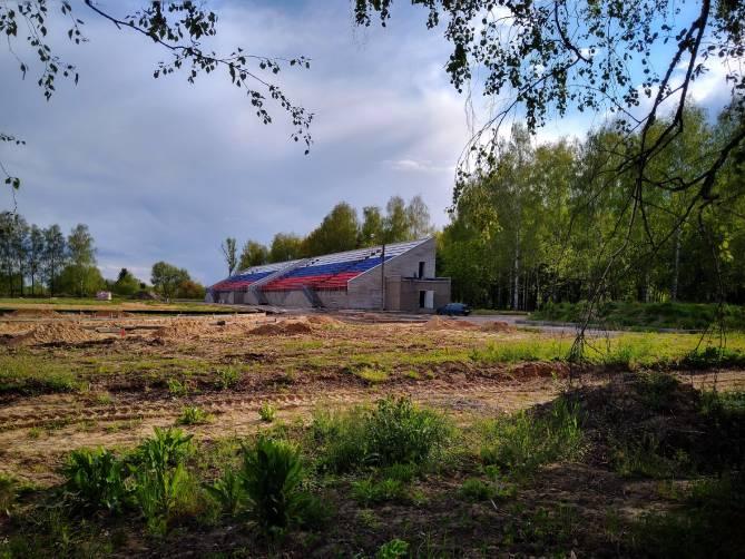 В Карачеве много лет не могут достроить стадион «Закрытие Арена»