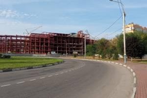 В брянском ТРЦ «МегаГринн» началось строительство крыши