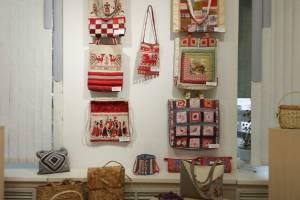 В Брянске открылась выставка сумок ручной работы