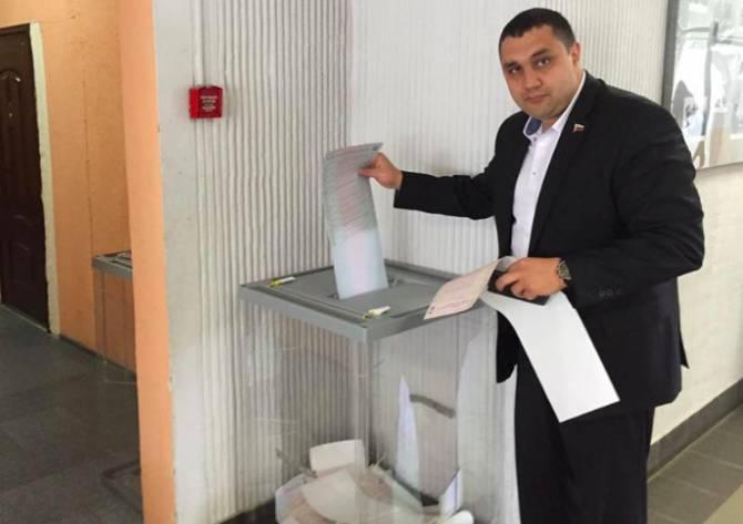 В Брянске скорбят о смерти депутата облдумы Евгения Саттарова