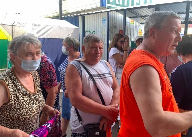 В Клинцах торговцы овощной ярмарки пришли в ужас от новой площадки