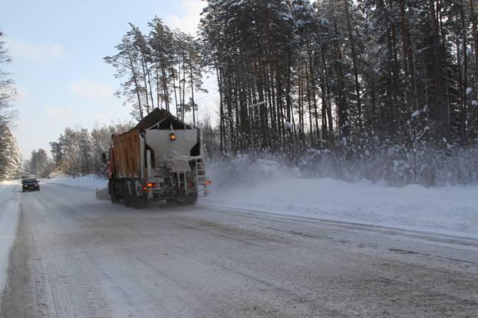 В Брянской области на расчистку дорог направили 277 машин