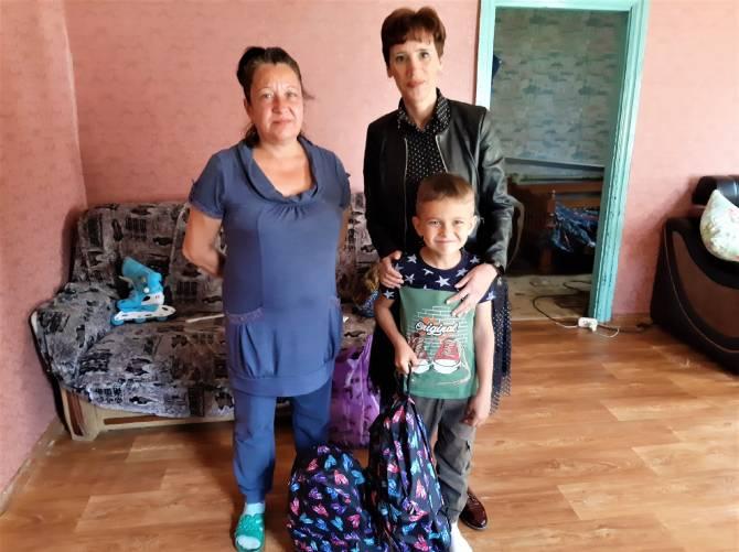 Для брянской многодетной семьи из Клинцов фонд «Ванечка» преподнес подарки