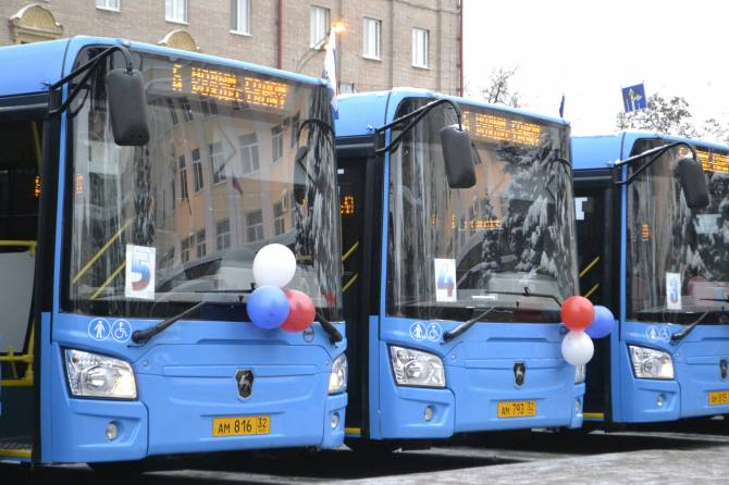 Ежедневно брянские автобусы выполняю более двух тысяч рейсов