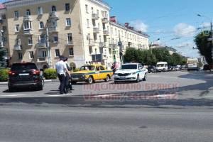 В Брянске на патруль выехала раритетная гаишная «Волга»