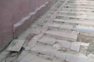 Брянцы попросили отремонтировать подземный переход на Полтиннике