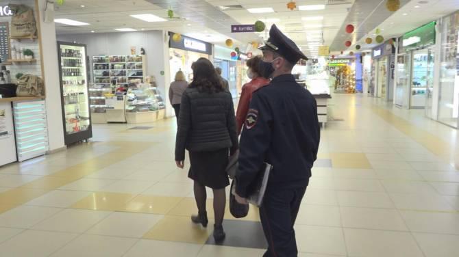 В октябре в Брянске составили 70 протоколов на нарушителей масочного режима