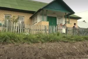 Брянскому ветерану войны дорожники перекрыли выход из дома
