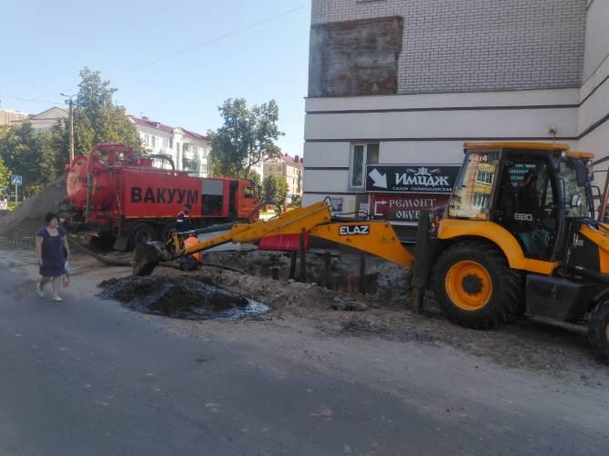 В Брянске назвали причину неработающей ливневки возле Бежицкого рынка