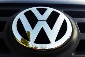 В Брянске замерзших пассажиров маршрутки №34 спасла девушка на Volkswagen