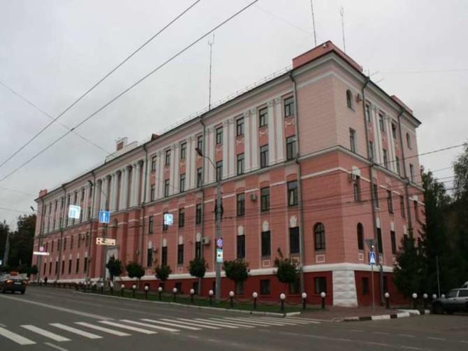 В центре Брянска здание областного УМВД оцепили