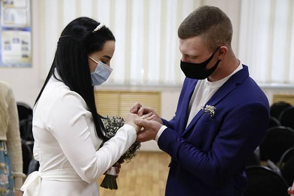 В брянском СИЗО расписали осужденного и его невесту
