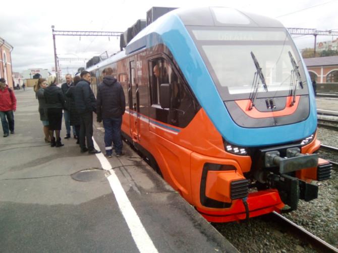 В Брянске современные пригородные поезда сняли на видео