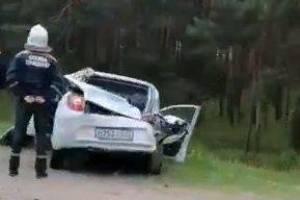 Под Брянском водитель легковушки устроил массовое ДТП с фурой