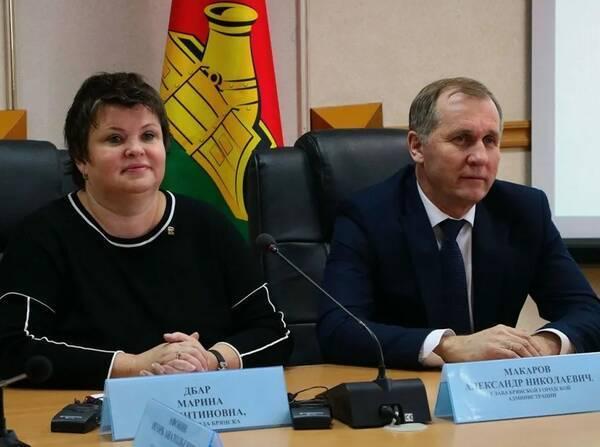 Бездарных чиновников обвинили в закапывании Брянска в пробках