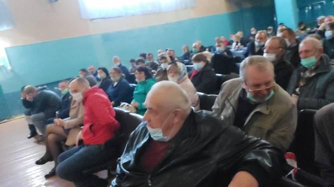 Жители брянского села проголосовали против свинарников «Мираторга»