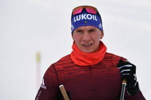 Брянский лыжник Большунов выиграл гонку свободным стилем в Чехии