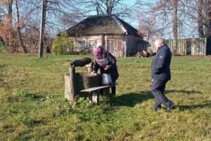 В брянском селе попросили почистить заилившийся колодец