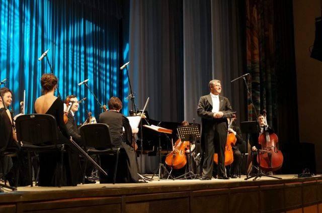 Брянцев пригласили на концерт памяти Шостаковича