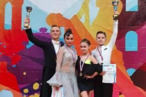 Брянские танцоры привезли три кубка из Тулы