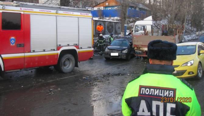 Брянские полицейские прокомментировали крупное ДТП на улице Калинина