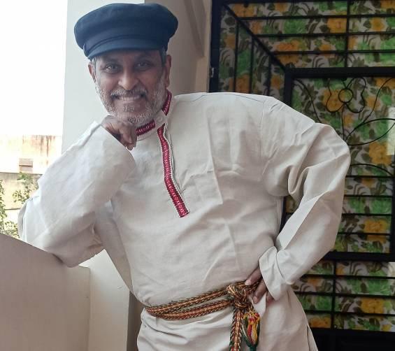 Брянские мастера облачили в русские народные костюмы волонтеров из Индии