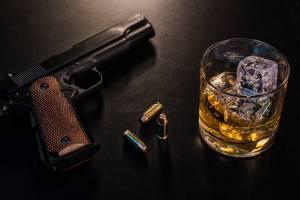 Брянского алкоголика лишили права на хранение оружия