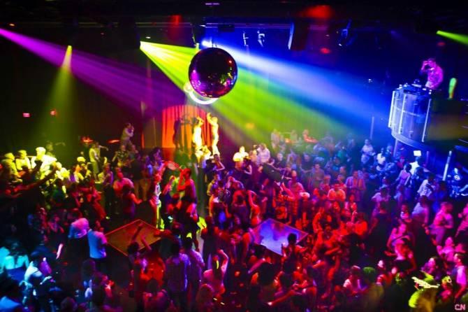 Ночной клуб в новозыбкове мужской клуб красноярск босс