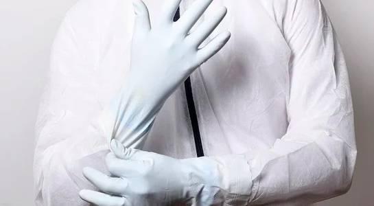 В Брянске водители троллейбусов начали работать в перчатках