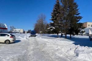 В Комаричах на нечищенной дороге Газель насмерть сбила пенсионера