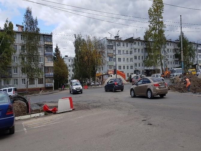 В центре Брянска на перекрестке возник правовой беспредел