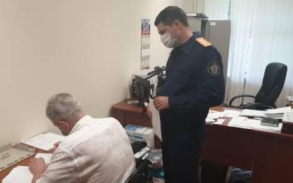 Чиновник брянской мэрии Гинькин даёт показания следователям