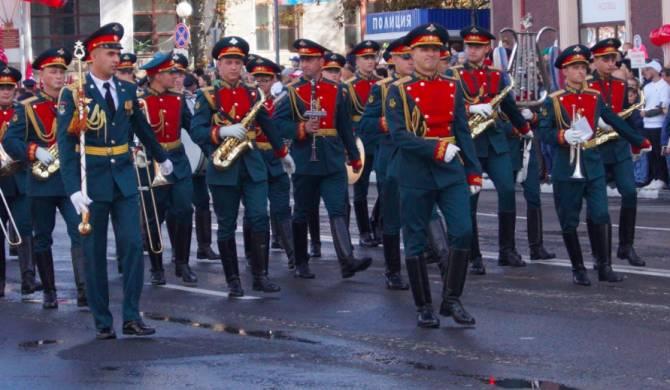 Брянские соседи из-за коронавируса отменили парад