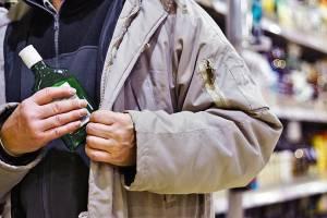 Брянец украл в магазине элитный алкоголь на глазах у продацов