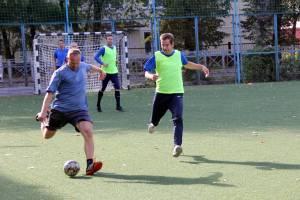 В Брянске стартовал турнир по мини-футболу среди ветеранов