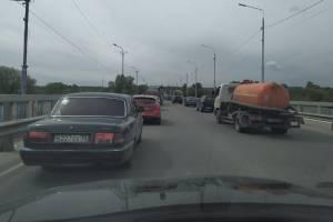 Брянск встал в огромной пробке на выезде из Бежицы