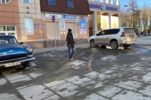 В Брянске оштрафовали 12 водителей за наглую парковку