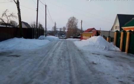 В Брянской области еще один мусоровоз попал в снежную ловушку