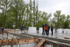 В Бежицком районе Брянска к будущему бассейну ведут инженерные сети