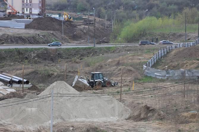 В Брянске началась активная стройка «счастливой» для Дворца единоборств дороги