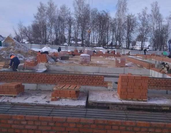 В брянском посёлке Навля готов фундамент для нового корпуса школы