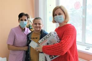 Брянцы помогли тяжелобольному школьнику оплатить услуги московского онколога