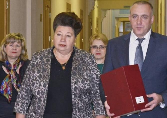 Брянщина хочет занять 1,8 миллиарда на погашение старых долгов