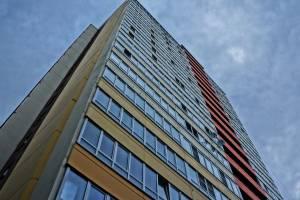 Ребенок-лунатик выпал из окна 12-го этажа
